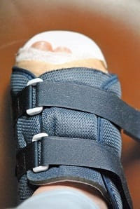 Dressing for foot wound with supportive boot